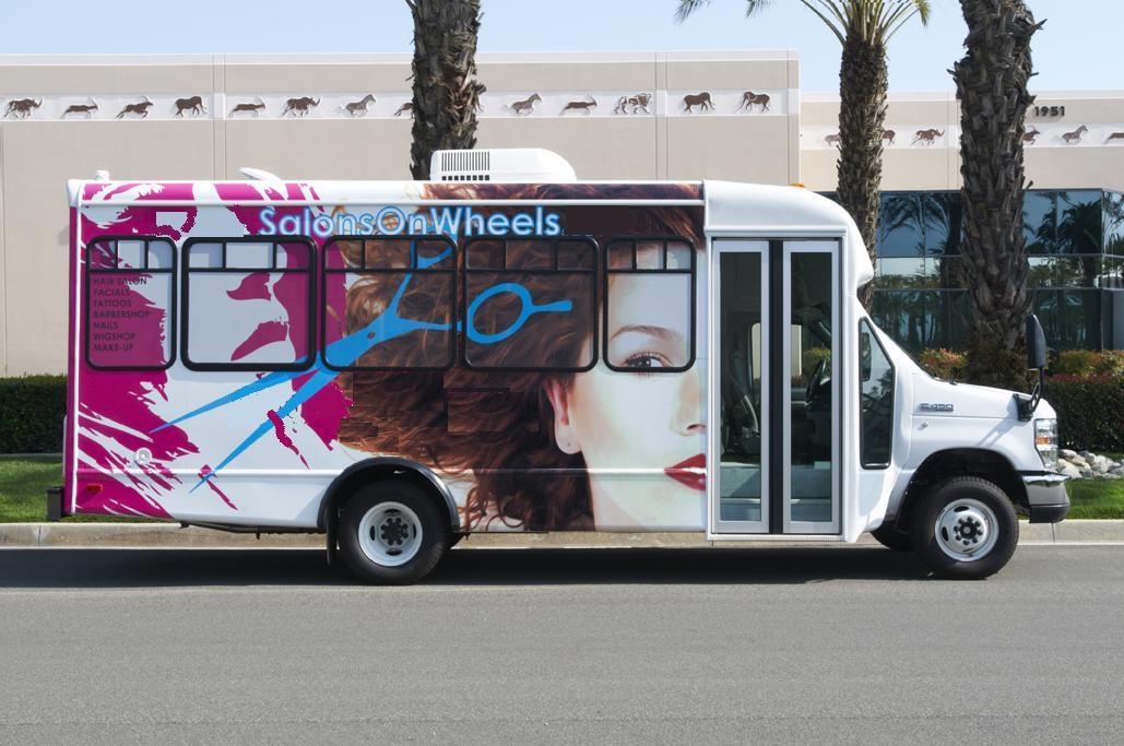 Mobile salon vehicles for sale for Bus mallemort salon